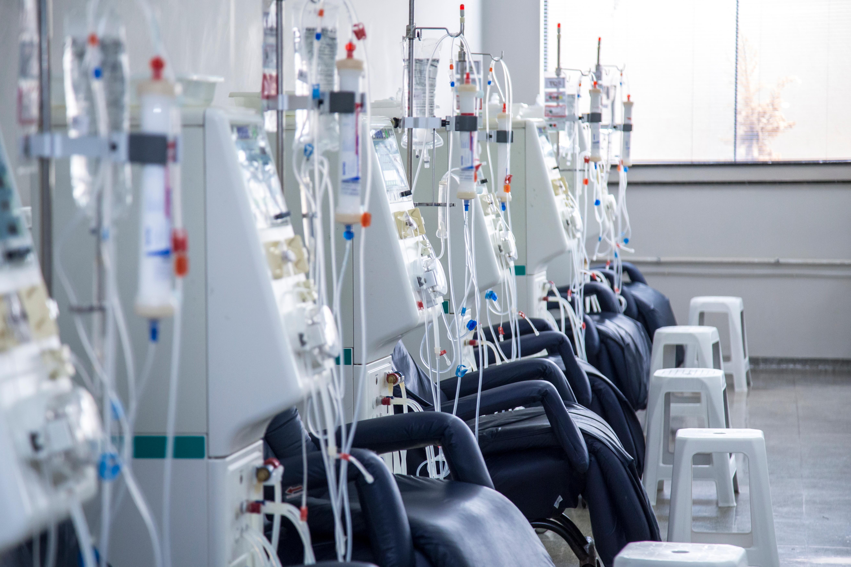 NM21 COVID19 in Dialysis shutterstock_1296544165